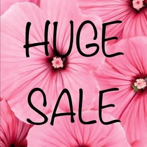 Open to offers and bundles!!